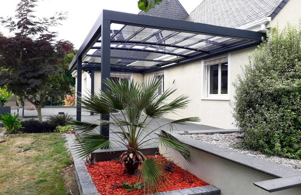 Pergola bioclimatique à toiture ouvrante - Pergola, carport ...